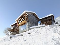 Savioz Fabrizzi Architectes transformed an old barn and stable into a beautiful contemporary holiday home in the Swiss Alps. Cabin Design, House Design, Chalet Design, Ideas De Cabina, Nature Architecture, Agricultural Buildings, Cabana, Cabins In The Woods, House Styles