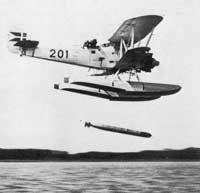 hawker dantorp | Hawker DANTORP (H.B.III) has just released a torpedo during an ...