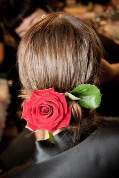 Le défilé Dolce & Gabbana printemps-été 2015 côté beauté http://www.vogue.fr/beaute/en-coulisses/diaporama/fw2015-le-defile-dolce-gabbana-printemps-ete-2015-cote-beaute/20427/image/1082810#!7