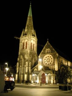Christ Church Cathedral when I was there in fall of 2008. Beautiful amazing Anglican church in New Zealand.