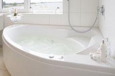 Whirlpool Malibu Homes, Whirlpool Bathtub, Corner Bathtub, Edinburgh, Bathtubs, Bathroom, Design, Environment, Baltic Sea