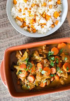 Moroccan Chicken Casserole | Slimming Eats - Slimming World Recipes --- For UK: It seems that 'chicken broth' in the US is probably used as a stock. Would suggest UK bods use either stock or a consommmé? Can't see any reason why this can't be done in a crockpot having made it. Serves 4 with side dishes but on it's own, 2 hungry people or 3 for a normal appetite (with crusty bread - lol!)
