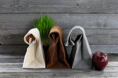 """The """"Brown"""" Bag // TRIO of WAXED Canvas Lunchbags, an updated, eco-friendly classic on Etsy, 37,54€"""
