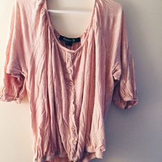 Float Forever 21 Top Pale pink 3/4 sleeve flowy top. Sleeves and waist have elastic endings. Very lightweight and comfortable. Fixated buttons down the front. 2 small holes, price reflects that! Forever 21 Tops