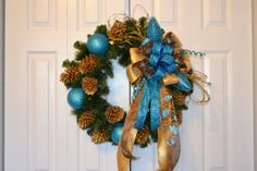 Shimmer & Glitzy Turquoise Christmas Wreath