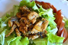 Din nou o mancare dietetica care impreuna cu o salata formeaza un meniu complet Rina Diet, Mozzarella, Main Dishes, Bacon, Curry, Vegetarian, Meat, Chicken, Food