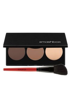 The best product to contour, bronze & highlight cheeks - all in one! I've been seeing this in a bunch of posts and youtube videos and each time a swipe of bronzer is used I absolutely die! Each color in the palette can be mixed and customized just for your skin tone! It's amazing- I hope I can own it soon...