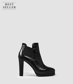 Womens Sarris Chelsea Boot (Black) - product_image_alt_text_1