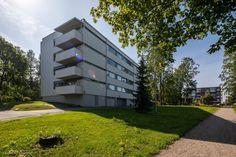 Helsinki, Multi Story Building, Garage Doors, Outdoor Decor, Home Decor, Decoration Home, Room Decor, Home Interior Design, Carriage Doors