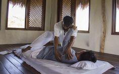 Terapias naturales y masajes. Foto encontrada en Flickr  Creatives Commons (Centro Holístico Akalki @CentroHolisticoAkalki).