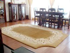 Covor din lana dreptunghiular dantelat