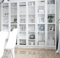 Living Room Shelves, Home Living Room, Billy Ikea, Billy Regal, Ikea Bookcase, New House Plans, Cool Furniture, Home Accessories, Shelving