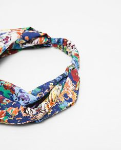 Image 3 of FLORAL TURBAN HAIRBAND from Zara