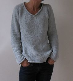 Simple Summer Tweed Top Down V-Neck free pattern by Heidi Kirrmaier
