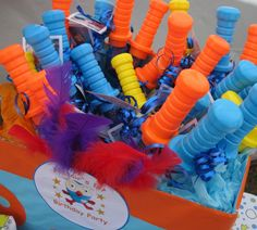 Giggle and Hoot Themed Birthday Party From smartpartyplanning Love these giant bubble party treats in the themed box. Bubble Birthday Parties, Bubble Party, Kids Birthday Themes, Party Themes For Boys, Mickey Birthday, 2nd Birthday, Birthday Celebration, Owl 1st Birthdays, First Birthday Chalkboard