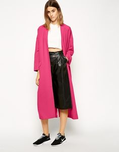 A pink duster coat… need I say more!? It's LOVE! And how great does it look when paired with leather for a grunge-meets-girly vibe? http://asos.to/1smSjCv