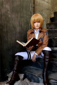 Armin AOT cosplay