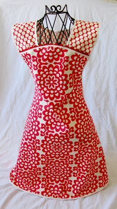 Full Apron vintage retro 1950s 1940s in red and cream white