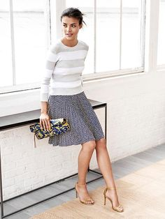 Mix prints for a chic office ready look. Pair a small print skirt with bold stripes for an effortless look that will take you beyond your 9 to 5 Banana Republic Autumn Winter Fashion, Spring Fashion, Fall Outfits, Cute Outfits, Work Outfits, Moda Fashion, Petite Fashion, Curvy Fashion, Women's Fashion