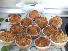 by Acasa Colt de Rai - Apples, cinnamon and almond muffins Almond Muffins, Cinnamon Apples, Goodies, Breakfast, Food, Sweet Like Candy, Morning Coffee, Treats, Meal