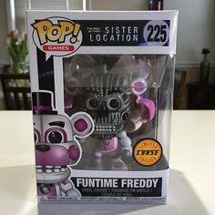 First chase found at Walmart.. . . #funkopop #funko #funkofamily #funkofun #funkomania #funkocollector #funkonyc #funkopopcollector #funkopopcollection #funkocollection #collectors #collection #toy #toyphotography #fivenightsatfreddys #fnaf #chasefunko #chase #funtime #funtimefreddy #popgames #videogames #bear #robot