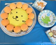 How cute is this lion cake!? Don't need it now, but it was too cute not to pin.