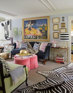 Colorful eclectic living room Ideas - Home Decor Eclectic Living Room, Living Room Decor, Living Spaces, Eclectic Decor, Funky Decor, Room Ideas Bedroom, Bedroom Decor, Aesthetic Room Decor, Home And Deco