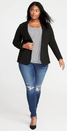 fecf3f057a Plus size Ladies clothing inspiration!  winterplussizefashion Plus Size  Fall Outfit