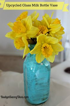Perfect for Spring --- How pretty is this vase ?!!!