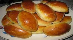 На «Люблю готовить» хочу поделиться своим фирменным рецептом, как можно легко испечь очень вкусные пирожки с капустой в духовке.