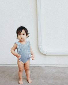 little ruffled suit, paired with effortless chunky thighs.