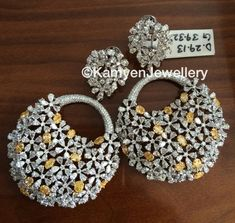 earrings- white and yellow diamonds Stylish Jewelry, High Jewelry, Gold Jewelry, Fashion Jewelry, Gold Necklaces, Indian Jewelry Sets, India Jewelry, Jewelry Patterns, Designer Earrings
