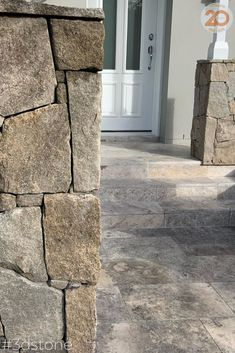 Make a statement straight away with a feature front door entryway. What do you want your statement to say? Travertine and stone make a gorgeous combo #3dstone #aspenstone #stonemason #entry #frontdoor #travertine