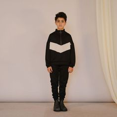 The very best Teen Fashion brands are available on Smallable, the Family Concept Store. Color Block Sweater, Herschel Heritage Backpack, High Collar, Teen Fashion, Fashion Brands, Zip, Sweatshirts, Boys, Long Sleeve