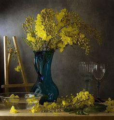 The flowering tree: Indian Laburnam