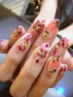 Dotting manicure or Polka nail art design is one of the most common freehand nail art designs. Nail Polish Art, Nail Polish Designs, Nail Art Designs, Garra, Gorgeous Nails, Pretty Nails, Hair And Nails, My Nails, Dope Nails