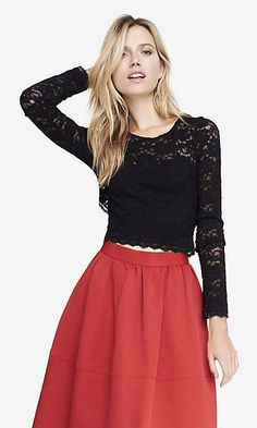 LACE LONG SLEEVE CUT-OUT BACK CROP TOP