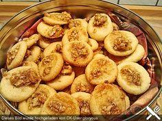 Orangen - Walnuss - Plätzchen, ein tolles Rezept aus der Kategorie Kekse & Plätzchen. Bewertungen: 50. Durchschnitt: Ø 4,4.