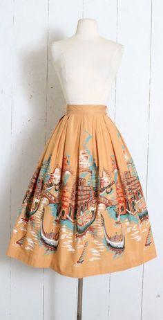 Vintage Skirt vintage Millworth Gondoliers novelty - My Style Likes - Vintage Vogue, Vintage Fashion 1950s, Vintage 1950s Dresses, Mode Vintage, Vintage Skirt, Retro Fashion, Club Fashion, Vintage Hats, Victorian Fashion
