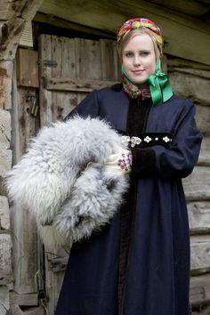 Magasin for Bunad og Folkedrakt Fur Coat, Jackets, Fashion, Down Jackets, Moda, La Mode, Fasion, Fashion Models, Fur