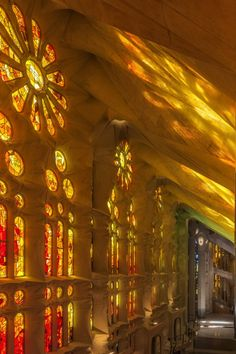 From trichromy to leaded glass Stained Glass Light, Stained Glass Windows, Leaded Glass, Cathedral Architecture, Catholic Art, Holy Family, Gaudi, Mellow Yellow, Beautiful Buildings