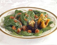 Have you ever made port dressing? Try serving it warm drizzled over a spinach salad topped with stuffed California Figs for a special occasion. Goat Cheese Recipes, Onion Recipes, Spinach Recipes, Salad Recipes, Fig Salad, Spinach Salad, Figs With Cheese, Dried Fig Recipes, Pistachio Recipes