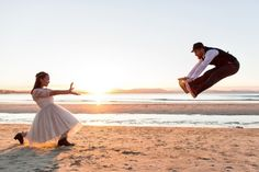 How cute and creative is this Van Middleton wedding photo?