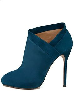 High Heels Walking Tips - Aquazzura Blue Petrol High Heel Ankle Boots Fall Winter 2013 #Shoes #Heels - High heels can be a woman's best friends, helping her look taller, leaner and safer. In any case, walking with high heels can be a little tricky, especially if you're not used to it. But do not worry, learning to walk without fear in high heels only requires a little practice
