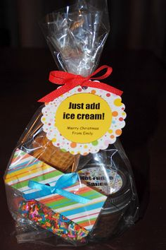 Just add ice cream gift :). Who wouldn't want this with their ice cream card?