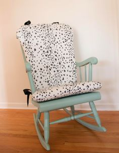 Wonderful DIY Upholstered Rocking Chair