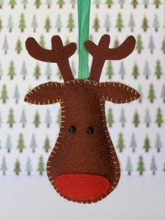 Items similar to Reindeer Felt Christmas Tree Ornament - Rudolph on Etsy Felt Christmas Decorations, Christmas Ornaments To Make, Christmas Sewing, Christmas Deer, Christmas Makes, Felt Ornaments, Handmade Christmas, Holiday Crafts, Reindeer Ornaments