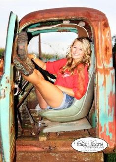 Country girl senior pictures! | photography =love ...