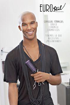 Gran variedad de cepillos térmicos, todo lo que necesitas para tu peluquería lo encontrarás en nuestro extenso catálogo de más de 4.000 referencias. www.eurostil.com