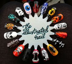 theillustratednail:    TRICK OR TREAT…    and treat it is.